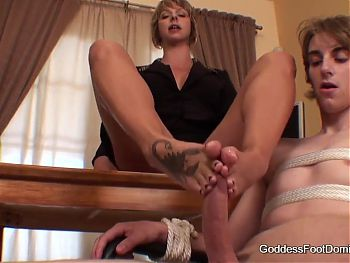 Blonde feet goddess and her office slave