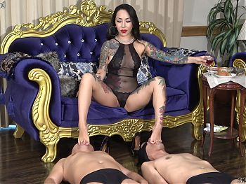 Japanese Femdom Youko, Foot Worship and Hard Dildo Blowjob